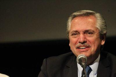 Fernández cree que Justicia va a perseguir a Macri como hizo con expresidenta