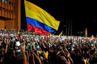 Continúan movilizaciones de tercera huelga nacional en Colombia contra Duque