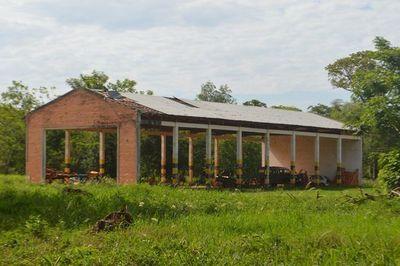 Por desidia, escuela agrícola de San Pedro corre peligro de derrumbe