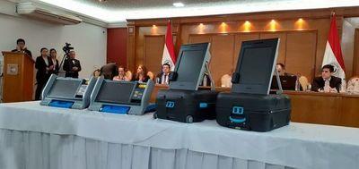 Voto electrónico: se inician pruebas a máquinas electorales de firmas que compiten en licitación