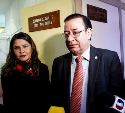 Cámara rechaza otra chicana de Miguel Cuevas y admite imputación