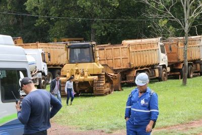 Maquinarias llegaron a zona de obras de Pdte. Franco