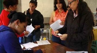 Padres pagan hasta Gs. 100 mil en aporte «voluntario» para inscripciones en escuelas públicas