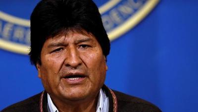 """Morales """"saluda"""" que Uruguay pida a Mercorsur activar la cláusula democrática"""