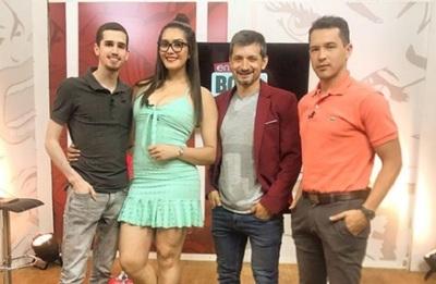 """Figuras de tv bailaron el """"himno feminista"""""""