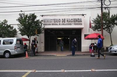 Hacienda informa que hijas solteras de militares deben presentar documentaciones