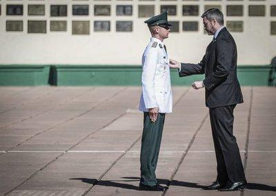 Egresan ciento seis nuevos cadetes de la Academia Militar