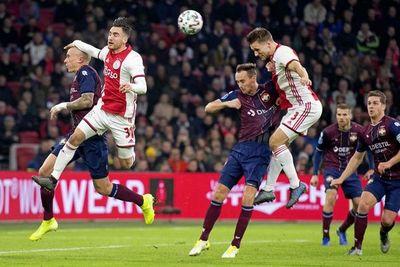 Ajax sufre su primera derrota antes de recibir a Valencia