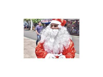 Papá Noel y Depredador en la Villa