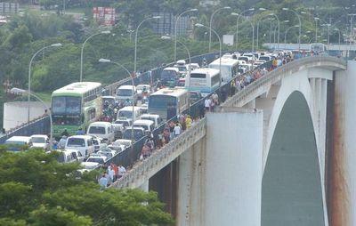 DUTY FREE EN FOZ: Comerciantes esteños piden medidas urgentes