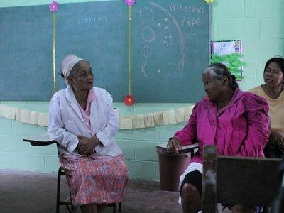 Las abuelas que revitalizan la lengua guaná para preservar la identidad de su pueblo