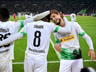 El Gladbach derrota al Bayern y da un golpe de autoridad