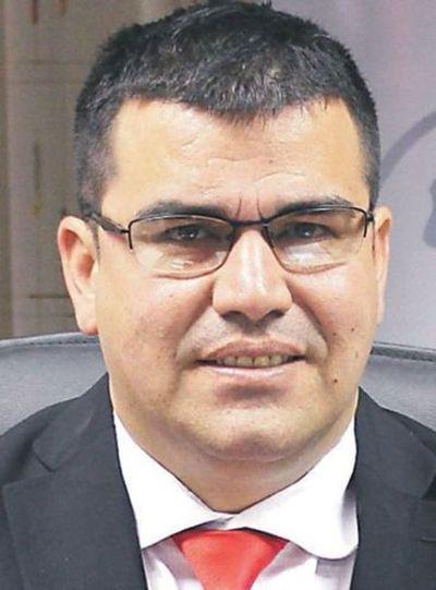 Ex director de Migraciones, acusado de acoso, juró como titular de la Junta de MRA