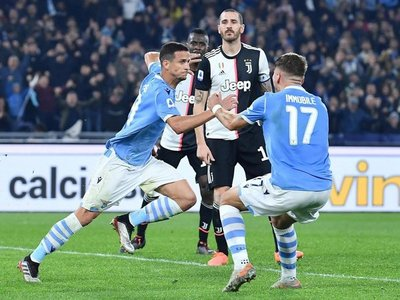 Lazio hunde a Juventus y prolonga su escalada con recital de Luis Alberto