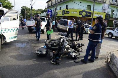 Fallece motociclista en accidente sobre Félix Bogado