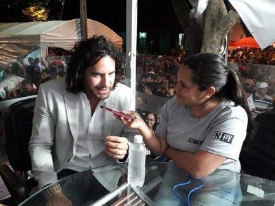 Mario Cimarro se emociona en fiesta de la Virgen de Caacupé
