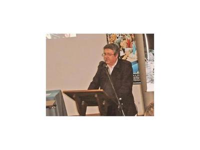 Falleció ayer   Antonio  Carmona, ex director periodístico de ÚH