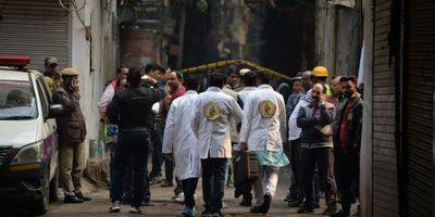 Al menos 43 muertos en el incendio de una fábrica en India