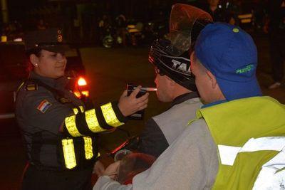 "Caminera detuvo a 113 conductores alcoholizados en ""Operativo Caacupé"""