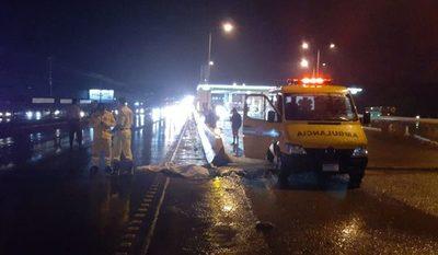 Mujer se quita la vida lanzándose frente a un ómnibus en CDE
