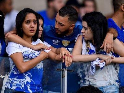 Cruzeiro cae a Segunda División el día que el campeón Flamengo es humillado