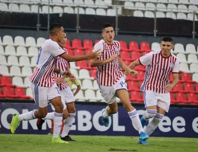 Albirrojita Sub 15 venció a Colombia y subió al podio