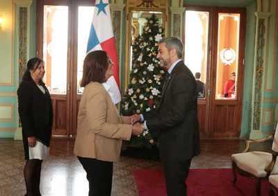 Nuevos embajadores de Brasil y Panamá presentaron cartas credenciales al presidente