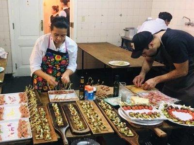 Reconocida chef denuncia maltratos en embajada paraguaya
