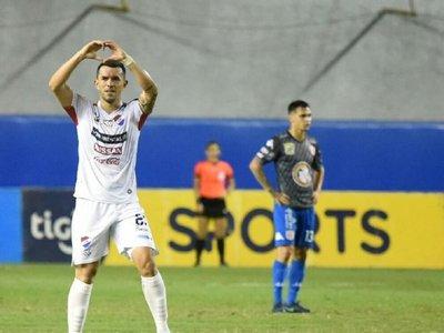 Nacional triunfa y sueña con la Sudamericana