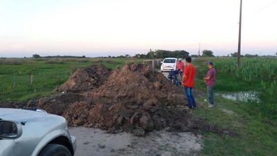 Obras viales dejan incomunicadas dos comunidades de Ñeembucú