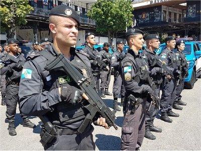Condenan a 42 policías por colaborar con el PCC