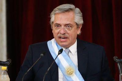 "Fernández llama a la ""hermandad"" con Brasil"