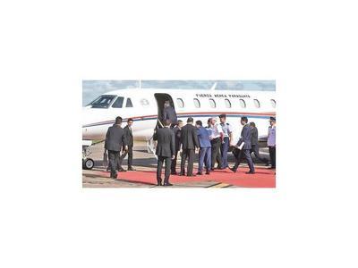 Mario Abdo estrena avión presidencial donado por Taiwán