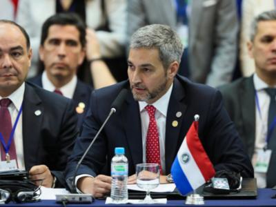 Mario Abdo va en busca de fortalecer lazos con EE.UU