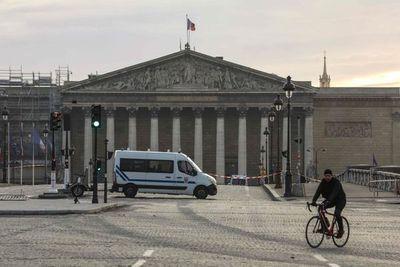El desafío de hacer turismo en un París caótico y sin transportes