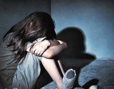 Buscan a un hombre que habría abusado de su hijastra