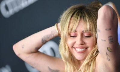 Miley Cyrus estrenó nuevo tatuaje dedicado a su ex