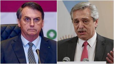 Bolsonaro da leve giro en su postura sobre Alberto Fernández y lo invitó a visitar Brasil