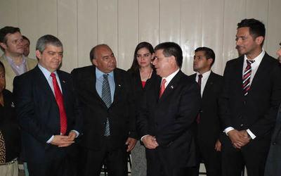 ANR: Procesados deben ser suspendidos, incluso Horacio Cartes