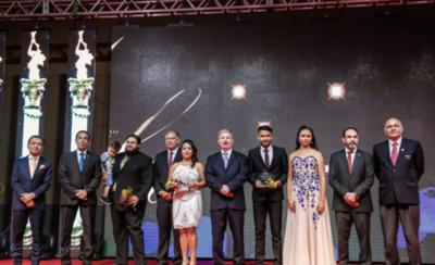 HOY / Homenajean a deportistas en la Gala Anual de Atletismo
