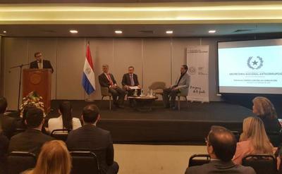 Funcionarios públicos participaron de seminario sobre herramientas contra la corrupción