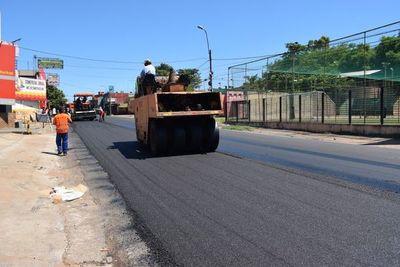 Arreglan vía de acceso a San Lorenzo