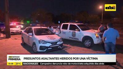 Presuntos asaltantes heridos por una víctima