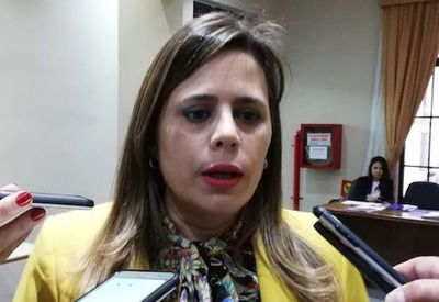 """Kattya sobre el FBI: """"Paraguay necesita cooperación y solidaridad"""""""