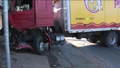 Accidente sobre la ruta Acceso Sur