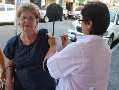 Para viajar a Brasil, es obligatorio vacunarse contra la fiebre amarilla