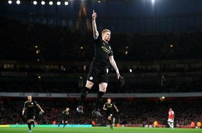 HOY / De Bruyne expone al Arsenal