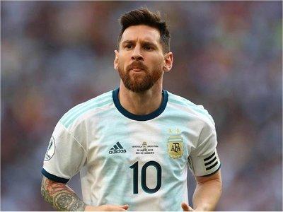 """Maradona: """"Yo no me enfrentaría con Messi jamás"""""""