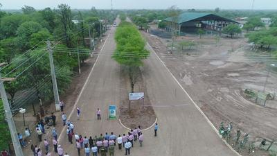 Inauguraron primera pavimentación de avenida en Mariscal Estigarribia
