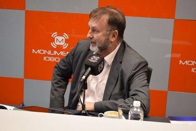 Benigno López justifica repartija de beneficios para funcionarios